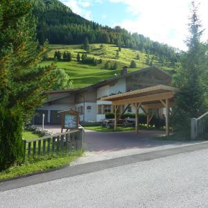 Hotel Pictures: Haus Blauspitz, Kals am Großglockner