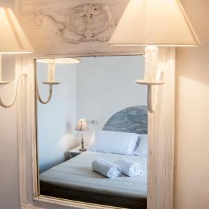 Hotel Pictures: Hostal Bon Sol, Sant Ferran de Ses Roques
