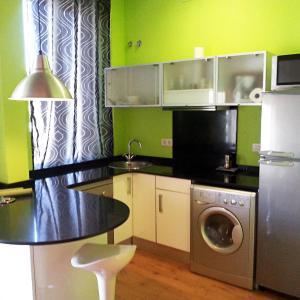 Hotel Pictures: Apartamentos CostaDorada, Vilanova i la Geltrú