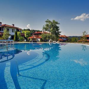 Hotel Pictures: KTB Manastira Holiday Village, Oreshak