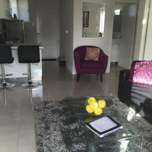 Hotel Pictures: Apartment 725 Ruthven, Toowoomba