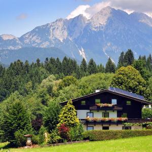 Hotel Pictures: Gästehaus Hölzl, Itter