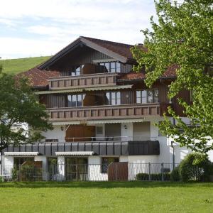 Hotelbilleder: Ferienwohnung Himmel, Oberstaufen