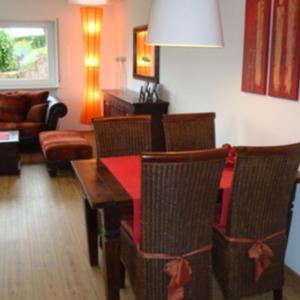 Hotel Pictures: Ferienwohnung Am Galgenberg, Michelstadt