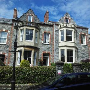 Hotel Pictures: Brecon Lodge Cardiff, Cardiff
