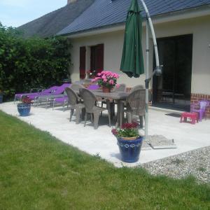 Hotel Pictures: Farm cottage de la Somme, Moyenneville