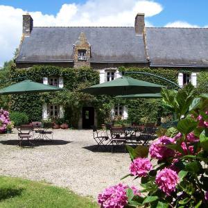 Hotel Pictures: Logis Manoir De Bodrevan, Noyal-Muzillac