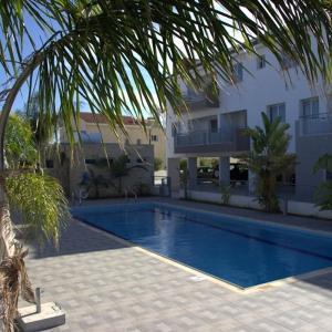 Hotel Pictures: Maisonette Kypria M2, Paralimni