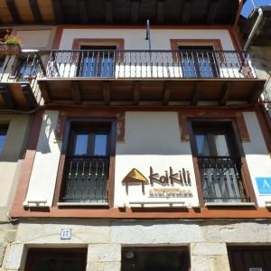 Hotel Pictures: Koikili Aterpetxea, Ochandiano