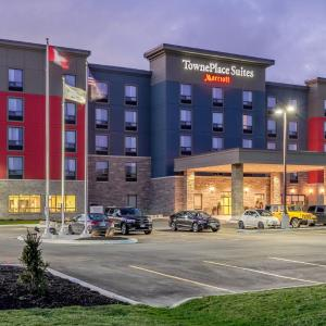 Hotel Pictures: TownePlace Suites by Marriott Belleville, Belleville