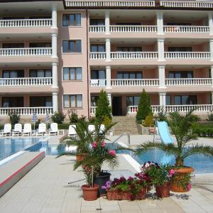 Hotel Pictures: Byala Sunrise Apartments, Byala