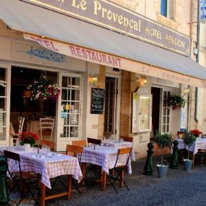 Foto Hotel: Hôtel Restaurant Le Provençal, Le Grau-du-Roi