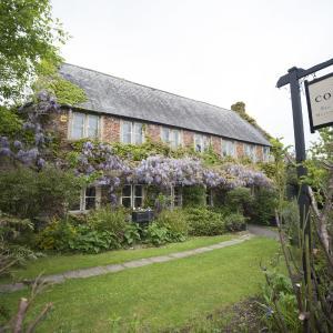 Hotel Pictures: The Conigre, Melksham