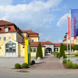 Hotellikuvia: Gasthof Hotel Jägerwirt, Strasswalchen