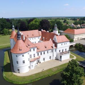 Hotel Pictures: Schlosshotel Fürstlich Drehna, Fürstlich Drehna