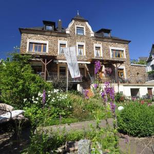 Hotel Pictures: Altes Weingut An Der Vogtei, Senheim