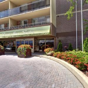Hotel Pictures: Town Inn Suites, Toronto