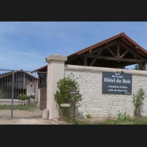 Hotel Pictures: Ferme du Grand Hotel du Bois, Jouarre