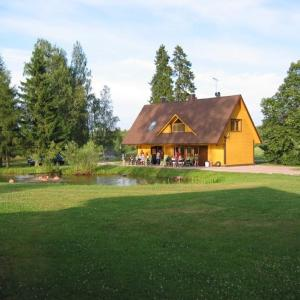 Hotel Pictures: Kalda Holiday House, Viisuküla