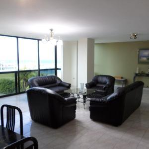 Hotel Pictures: Riveri Salinas D5A, Salinas