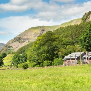 Hotel Pictures: The Lodge In The Vale, Legburthwaite