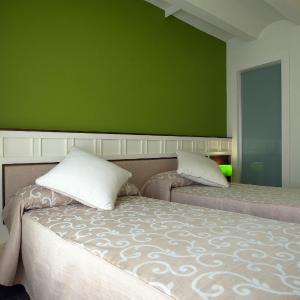 Hotel Pictures: Hotel La Fonda Moreno, Morella