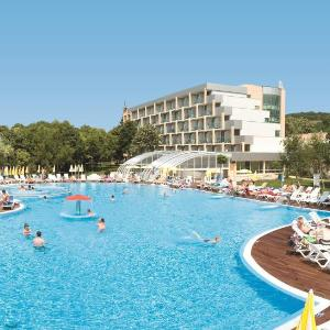 酒店图片: Hotel PrimaSol Ralitsa Superior All Inclusive, 阿尔贝纳