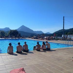 Hotel Pictures: Pension Uxarte, Arrasate - Mondragon