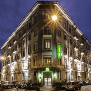 Foto Hotel: Ibis Styles Napoli Garibaldi, Napoli