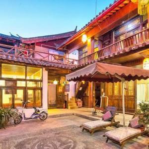 Hotelbilder: Xiangzuo Time Biyuntian Inn, Lijiang