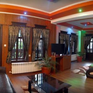 Hotel Pictures: Five Stars Spa Hotel, Zlatograd