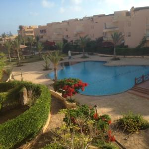 Hotel Pictures: Two-Bedroom Apartment at Heidi Resort, Borg El Arab