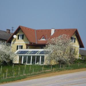 Hotelbilleder: Gästehaus Haagen, Sebersdorf