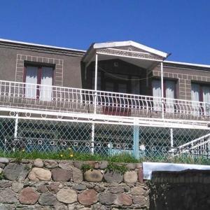 Hotellikuvia: Maia's Guest House ,,Gergeti', Kazbegi