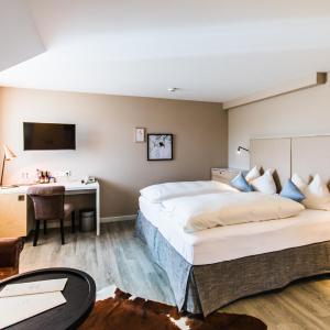 Hotel Pictures: Hotel Knoblauch, Friedrichshafen