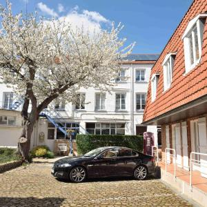 Hotel Pictures: Hotel Saint Louis, Saint-Omer