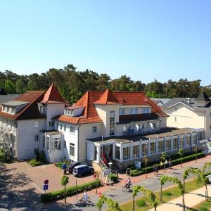 Hotel Pictures: Strandhotel Baabe, Baabe