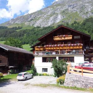 Hotellikuvia: Landhaus Olcherhof, Prägraten