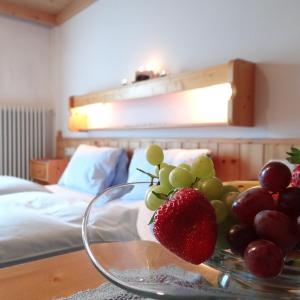 Hotellikuvia: Oberzehentner, Stuhlfelden