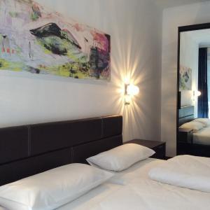 Hotel Pictures: Hotel52 Bergheim, Bergheim