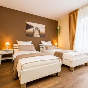 Hotel Pictures: Apartment Rösrath, Rösrath