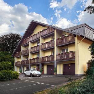 Hotelbilleder: Hotel Münster, Emmelshausen