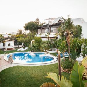 Hotel Pictures: Apartamentos Placer de Meca, Zahora