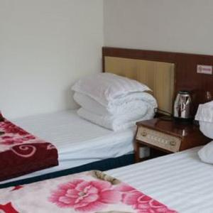 Hotel Pictures: Qilian Family Youth Guesthouse, Qilian