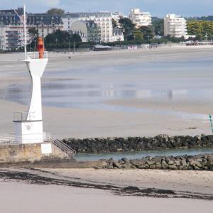 Hotel Pictures: La Baie Dans Les Yeux, Le Pouliguen