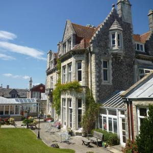 Hotel Pictures: Purbeck House Hotel & Louisa Lodge, Swanage
