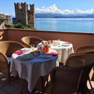 Fotos do Hotel: Hotel Degli Oleandri, Sirmione