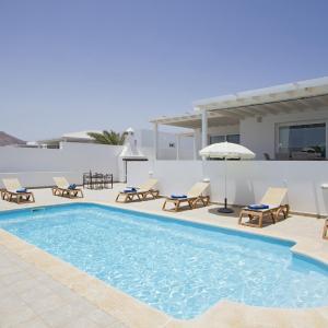 Hotel Pictures: Villa LazyDays, Puerto Calero