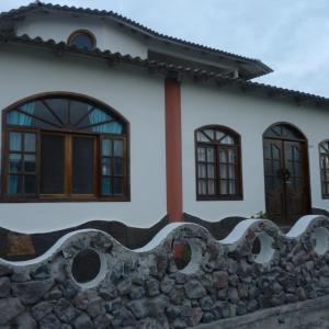 Hotel Pictures: Hotel Neptuno, Puerto Villamil
