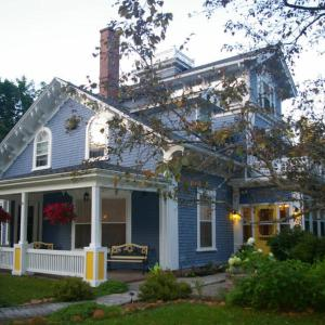 Hotel Pictures: The Dawson House B&B, Charlottetown